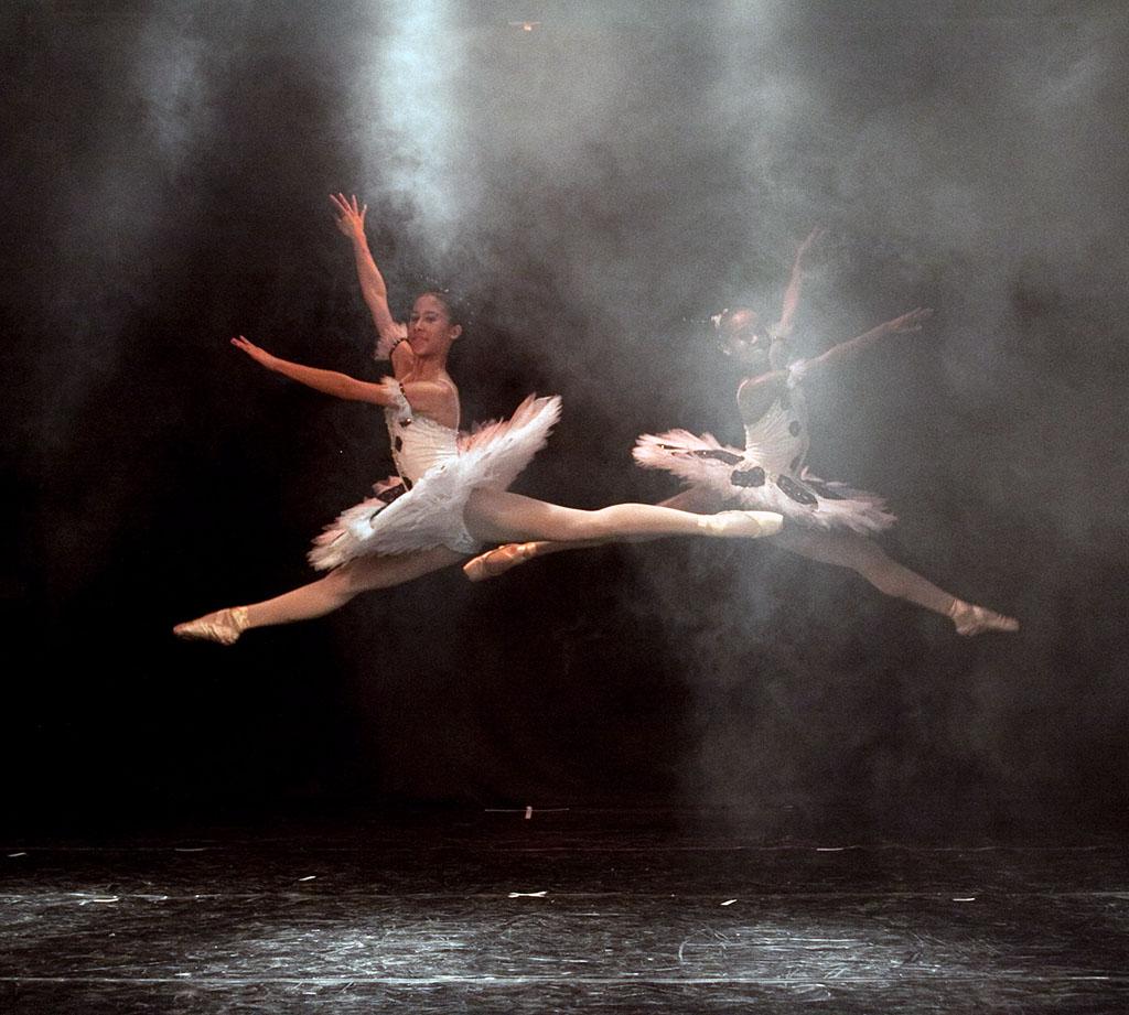 Samara Pereira e Maria Moraes class - 4